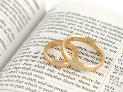 bible-and-rings